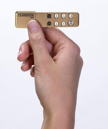 Personal Pocket Safe 1 GB USB 2.0 Flash Drive
