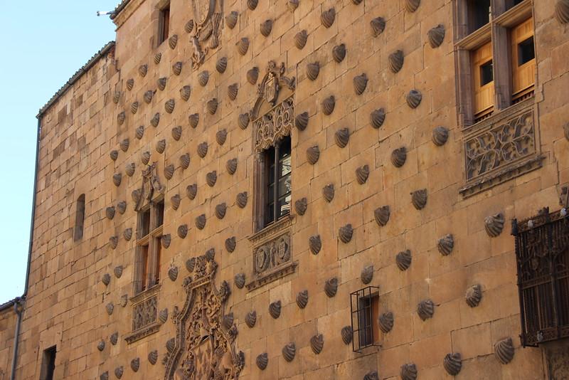 Shells decorate Casa de las Conchas in Salamanca.