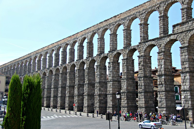 The double-stacked arches of the Roman aqueduct make an impressive beginning on a day trip to Segovia.